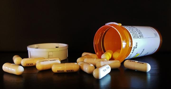 como-se-curan-las-adicciones-720x375